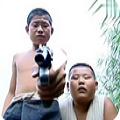 小兵张嘎拿枪指人视频